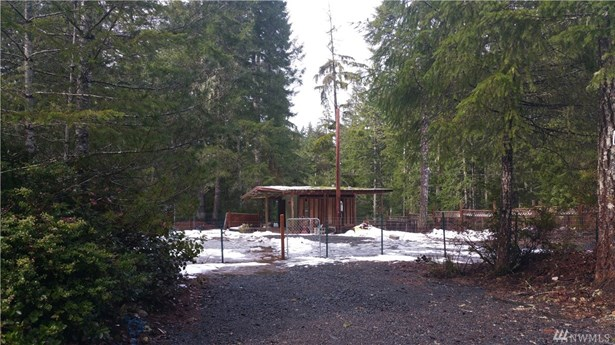 41 Ne Pine Tree Lane , Tahuya, WA - USA (photo 1)