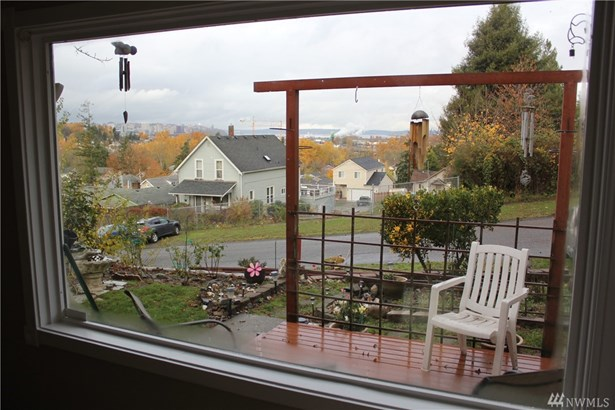 2032 E Morton St , Tacoma, WA - USA (photo 3)