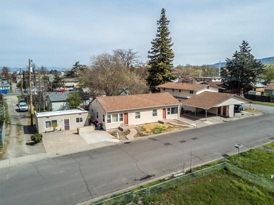 1001 Niantic St , Medford, OR - USA (photo 1)