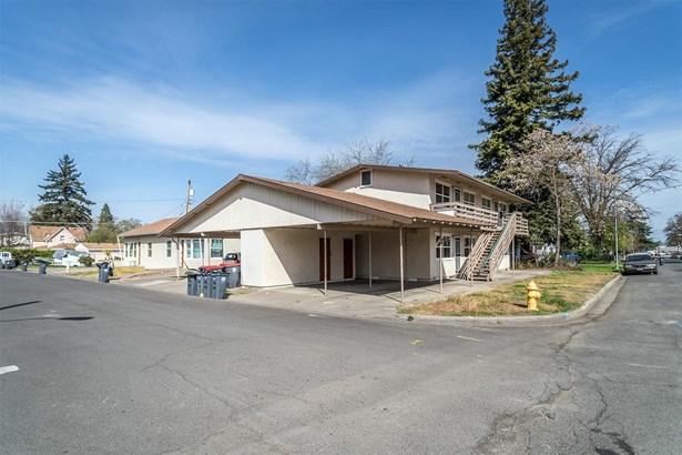 1001 Niantic St , Medford, OR - USA (photo 5)