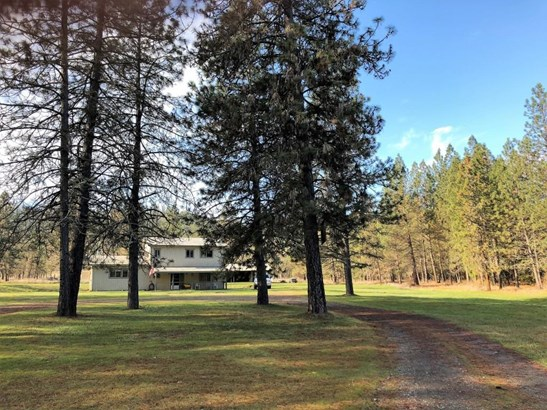 1700 Foots Creek Rd , Gold Hill, OR - USA (photo 2)