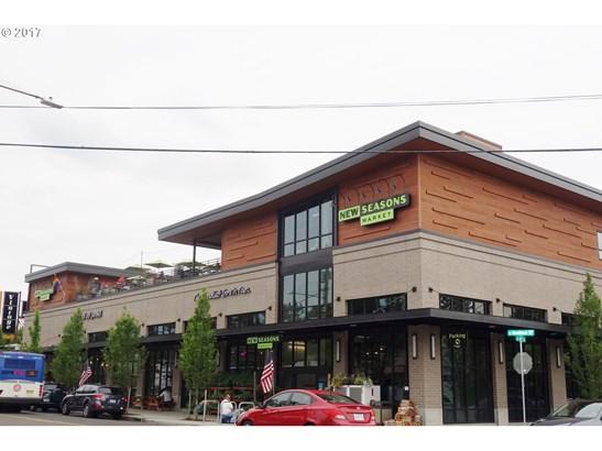 4016 Se Martins St , Portland, OR - USA (photo 3)