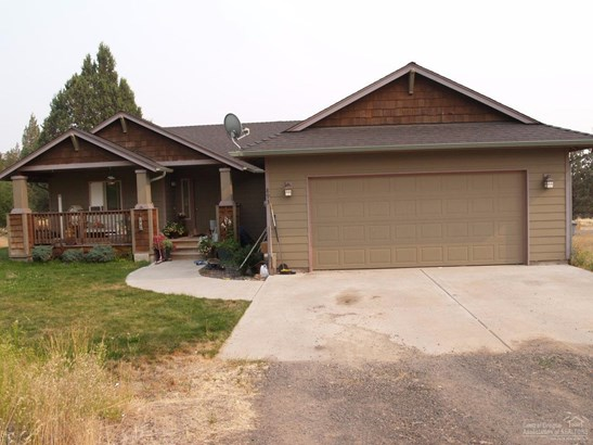 893 Southeast E St , Madras, OR - USA (photo 2)