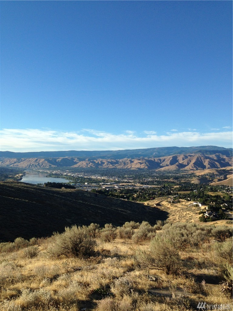 1 Burch Mountain Rd , Wenatchee, WA - USA (photo 1)