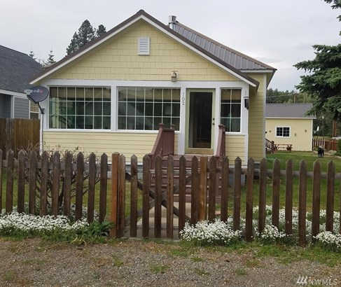 702 Lincoln Ave , South Cle Elum, WA - USA (photo 1)