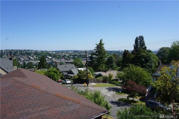 2553 Warren Ave N , Seattle, WA - USA (photo 3)