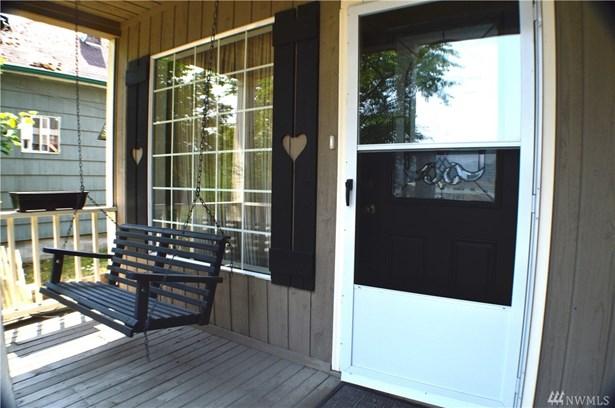 206 Rainier Ave N , Eatonville, WA - USA (photo 4)