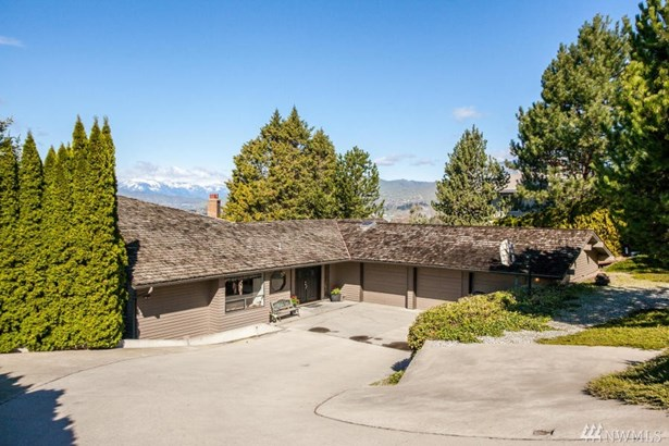 2410 Mountain View Dr , East Wenatchee, WA - USA (photo 1)