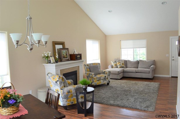 2948 Christopher St Nw , Salem, OR - USA (photo 5)