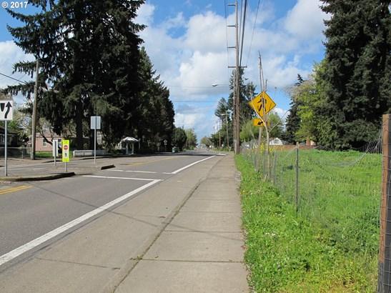 2243 Roosevelt Blvd , Eugene, OR - USA (photo 3)