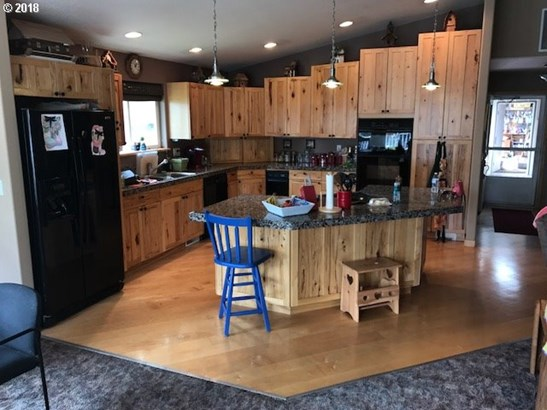 178 S Lakewood Rd , Wamic, OR - USA (photo 4)