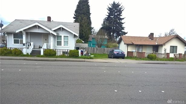 1002 N 4th St , Renton, WA - USA (photo 1)