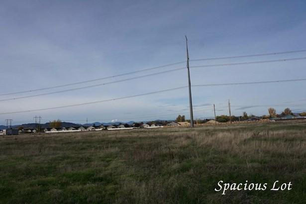 2615 Merry Ln , White City, OR - USA (photo 1)