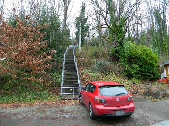3040 S Ferdinand St , Seattle, WA - USA (photo 2)