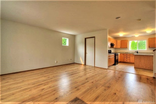 17008 Se 183rd Place , Renton, WA - USA (photo 2)