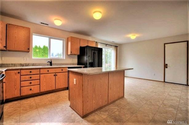 17008 Se 183rd Place , Renton, WA - USA (photo 4)
