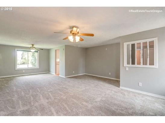 1534 Se 58th Ct , Hillsboro, OR - USA (photo 4)