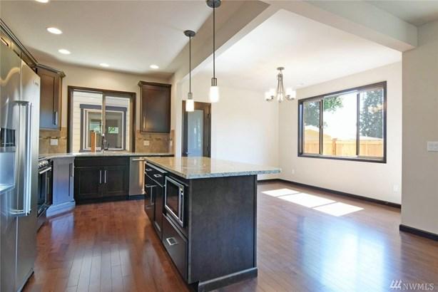17015 (lot 14) 11th Place W , Lynnwood, WA - USA (photo 4)
