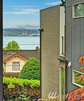 5205 S Willow St , Seattle, WA - USA (photo 2)