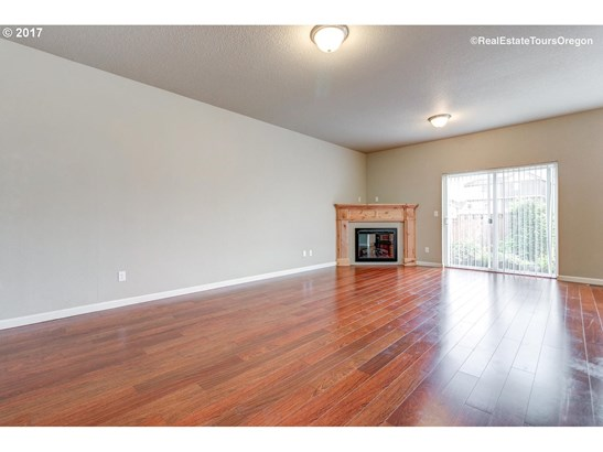 2555 Juniper St , Forest Grove, OR - USA (photo 5)