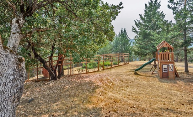5257 W Griffin Creek Rd , Medford, OR - USA (photo 5)