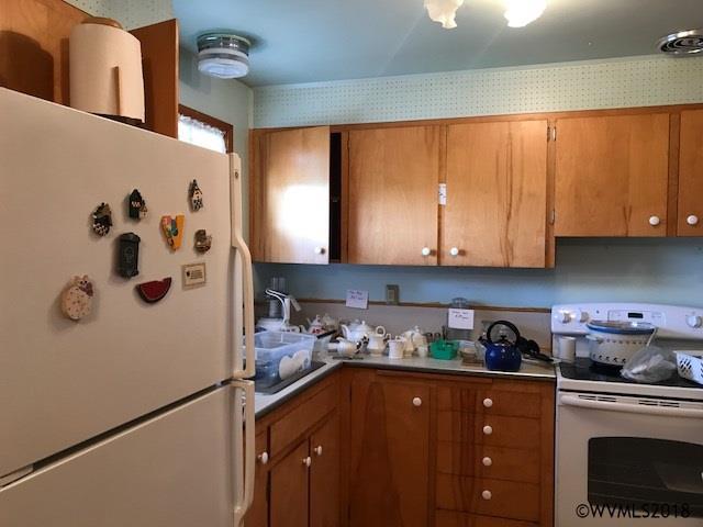 932 Astor Wy , Woodburn, OR - USA (photo 3)