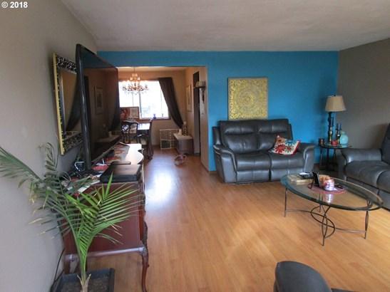 12875 Sw Morrison St , Beaverton, OR - USA (photo 5)