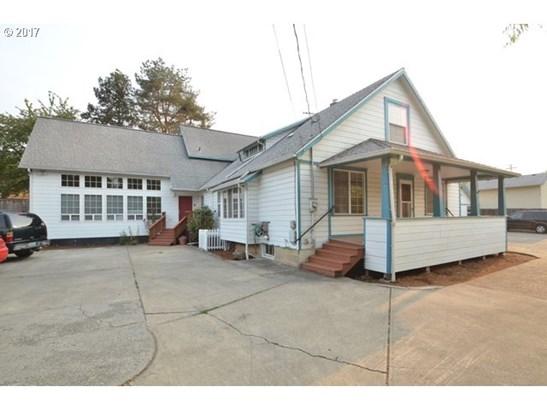 3193 Se 12th St , Salem, OR - USA (photo 1)