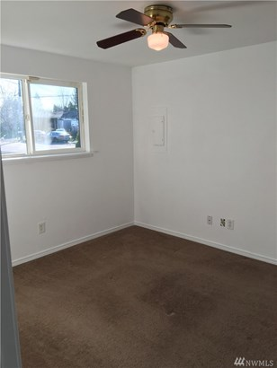 8023 S Sheridan Ave , Tacoma, WA - USA (photo 5)