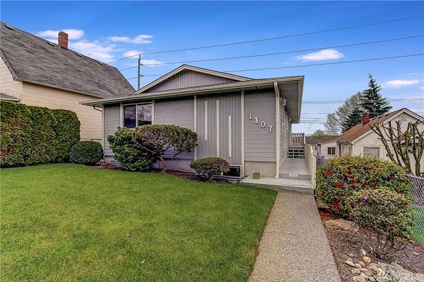 1307 E Marine View Drive , Everett, WA - USA (photo 2)