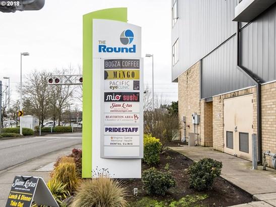 12600 Sw Crescent St  311, Beaverton, OR - USA (photo 2)
