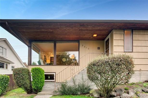 2310 47th Ave Sw , Seattle, WA - USA (photo 3)