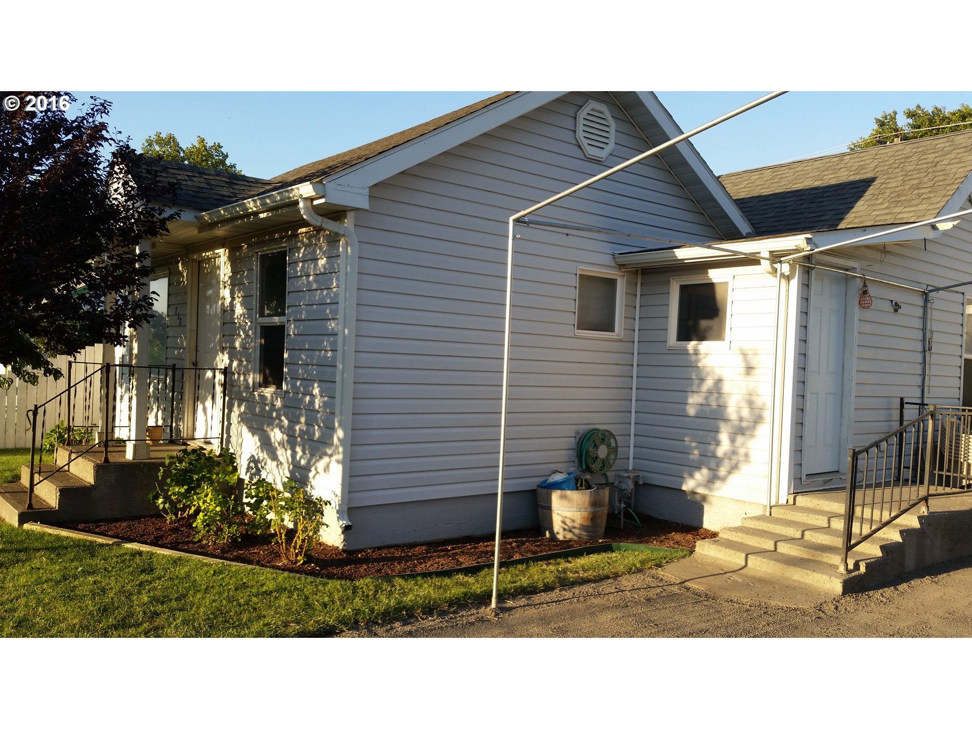 818 Perkins St , Milton Freewater, OR - USA (photo 2)