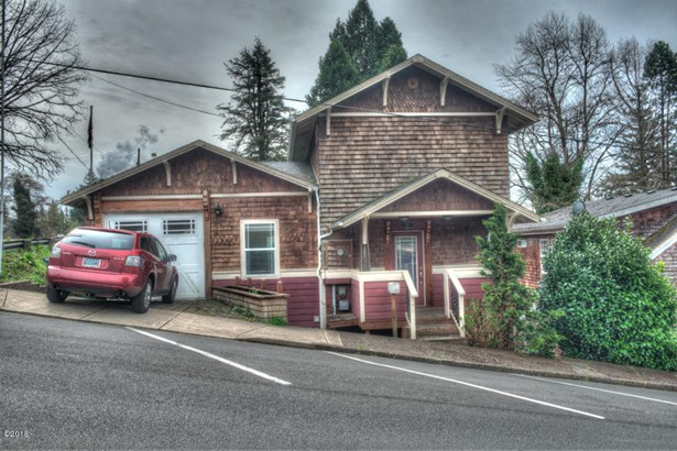 193 E Graham St , Toledo, OR - USA (photo 1)