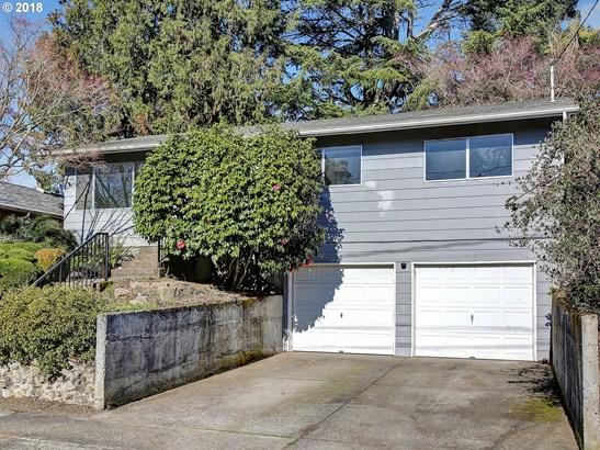 8327 N Olympia St , Portland, OR - USA (photo 3)