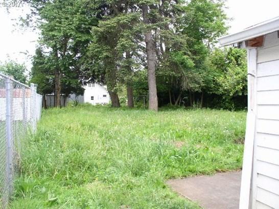 145 Ne 100th Ave , Portland, OR - USA (photo 2)