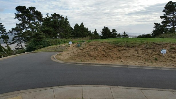 Lot 6 Sw Beach Ave , Lincoln City, OR - USA (photo 1)