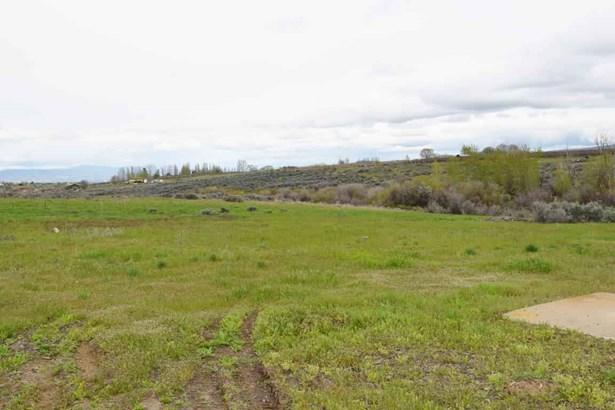 Nka Adjacent To 3331 Stone Rd , Yakima, WA - USA (photo 1)