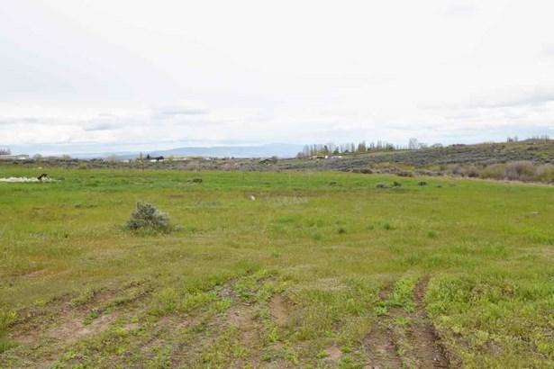 Nka Adjacent To 3331 Stone Rd , Yakima, WA - USA (photo 2)