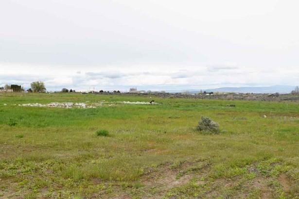 Nka Adjacent To 3331 Stone Rd , Yakima, WA - USA (photo 3)