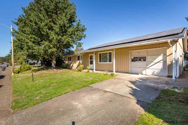 830 N 6th St , Aumsville, OR - USA (photo 1)