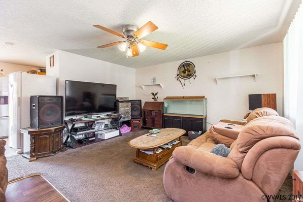 830 N 6th St , Aumsville, OR - USA (photo 5)