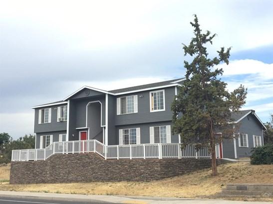 2704 Southwest Glacier Ave , Redmond, OR - USA (photo 3)