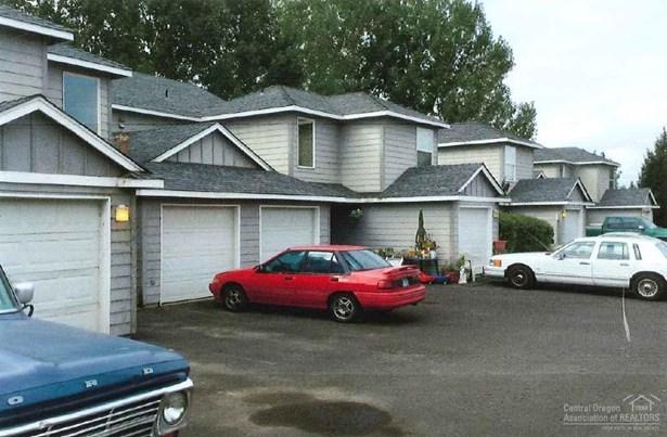 748 Northeast Oak Pl , Redmond, OR - USA (photo 1)