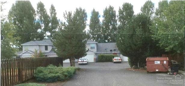 748 Northeast Oak Pl , Redmond, OR - USA (photo 3)