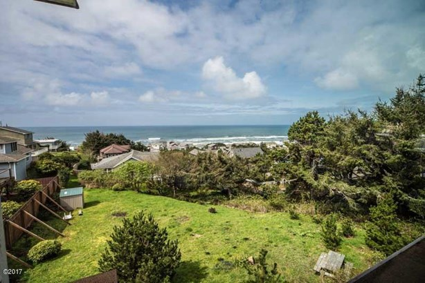 1955 Nw 51st Street , Lincoln City, OR - USA (photo 2)