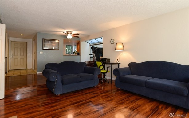 15175 Sunwood Blvd  Dd11, Tukwila, WA - USA (photo 3)