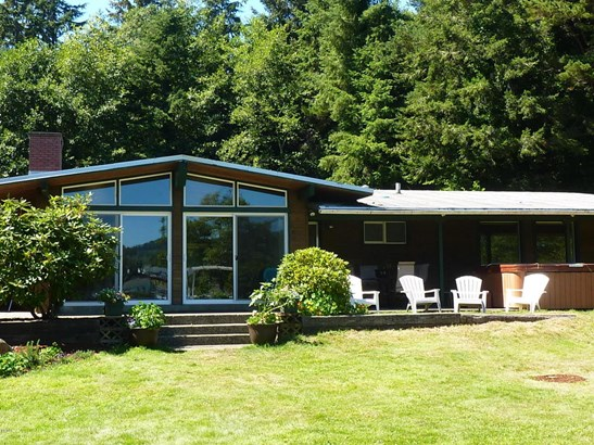 3562 Ne West Devils Lake Rd , Lincoln City, OR - USA (photo 3)