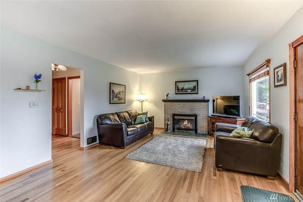 202 62nd Ave Ne , Tacoma, WA - USA (photo 3)