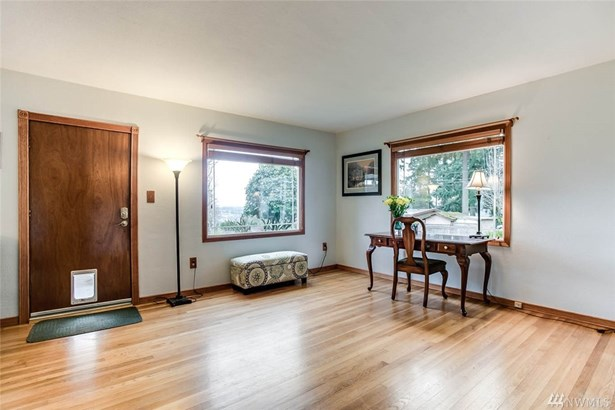 202 62nd Ave Ne , Tacoma, WA - USA (photo 5)